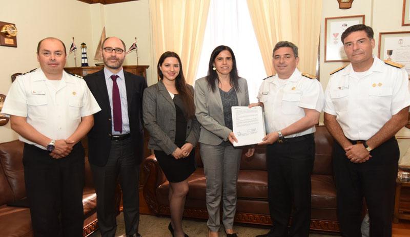 SMA y DIRECTEMAR firman acuerdo de cooperación